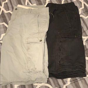 Levi Cargo shorts 2 pairs 36,38